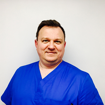 Dr Jaroslaw Matuszak - Dentist, Specialist in Dental Implantology