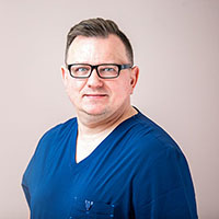 Dr Jaroslaw Matuszak - Dentist, with interest in dental Implantology